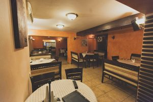 poza unghi sala restaurant